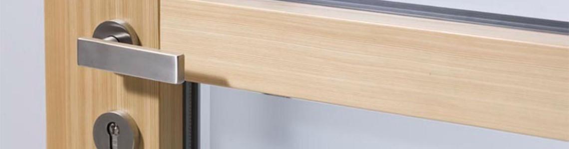 Vhodna protivlomna vrata Actual na voljo v različnih materialih in sodobnih dizajnih.