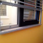 Sen�ila in okenske police 2